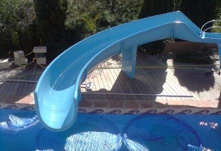 Albercas lagos fuentes cascadas de fibra de vidrio for Toboganes de piscina